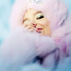 Björk Performs New Album Live