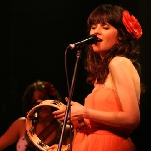 "She & Him Pal Around On Home Video Recording of ""Stars Fell on Alabama"""