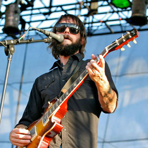 Band of Horses' Ben Bridwell to Play Benefit for Deceased Sub Pop Exec's Family