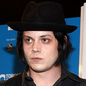 Jack White Invents &quot;Triple Decker Record&quot; for New Dead Weather Single