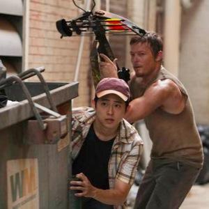 "<i>The Walking Dead</i> Review (Episode 1.4 ""Vatos"")"