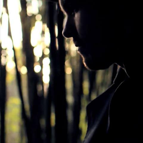 "Video Premiere: Trent Dabbs' ""Follow Suit"""