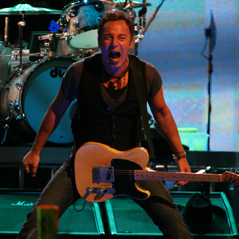 <em>Glee</em> Producers Want Bruce Springsteen to Guest Star