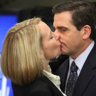 "<em>The Office</em> Review: ""PDA"" (Episode 7.15)"