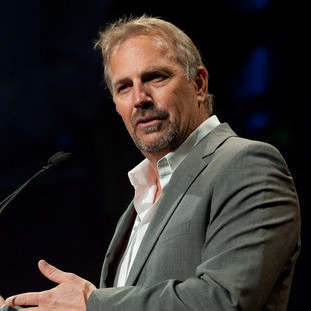 Kevin Costner Joins Zack Snyder's <em>Superman</em> Reboot