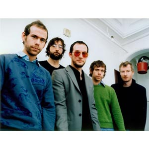 """Stream The National featuring Sharon Van Etten """"Think You Can Wait"""""""