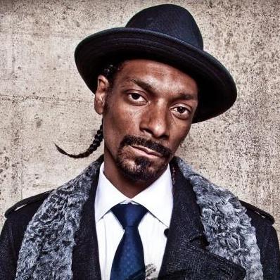 "Snoop Dogg Proposes ""Hood"" Version of <em>X Factor</em>"