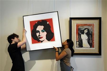 Warhol Portrait of Elizabeth Taylor To Go On Auction