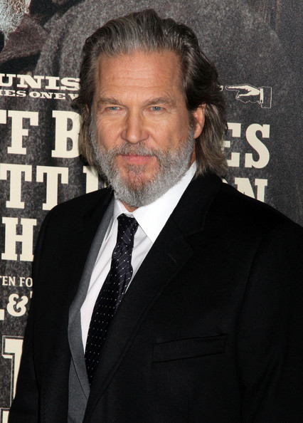 Jeff Bridges Joins Ryan Reynolds in Ghost-Hunting, Buddy-Cop Comedy