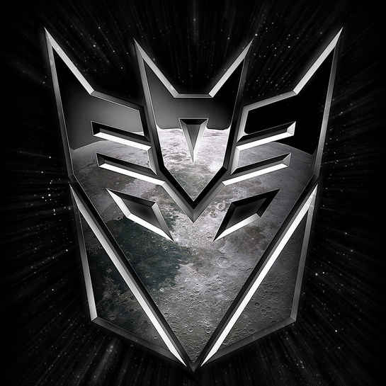 Watch a New <em>Transformers 3: Dark Side of the Moon</em> Trailer