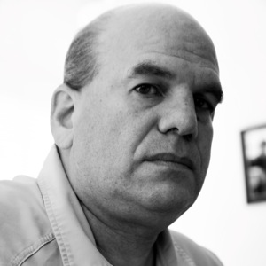 "David Simon, Creator of <i>The Wire</i>, Urges Baltimore Rioters to ""Go Home"""