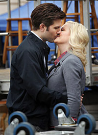 "<em>Parks and Recreation</em> Review: ""The Bubble/Li'l Sebastian"" (Episode 3.15)"