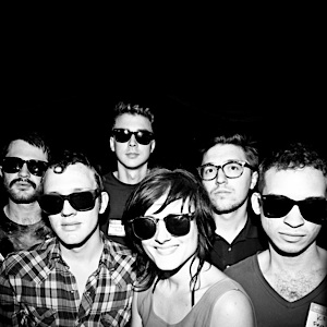 Kopecky Family Band: Close Relations