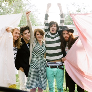 Grouplove Announces Headlining Tour