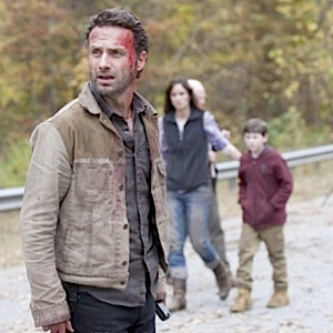 "<i>The Walking Dead</i> Review: Episode 2.13 ""Beside The Dying Fire"""