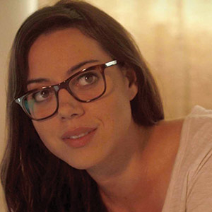 Aubrey Plaza Can't Guarantee Your Safety