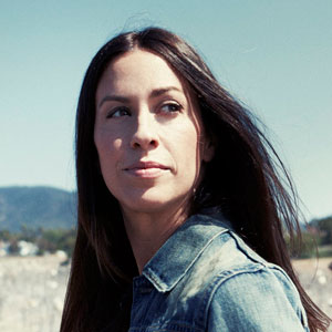 Alanis Morissette: Catcher in the Rock