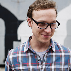 "Watch Ben Sollee Perform ""A Few Honest Words"" at the Lincoln Memorial"