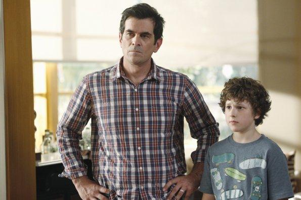 "<i>Modern Family</i> Review: ""Bringing Up Baby"" (Episode 4.01)"