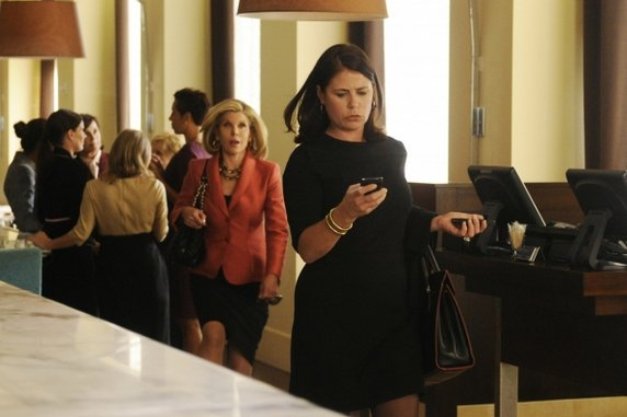 """<i>The Good Wife</i> Review: """"And the Law Won"""" (Episode 4.02)"""