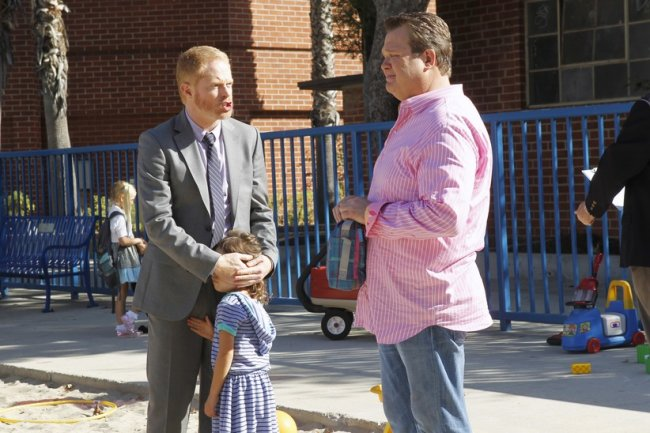 &lt;i&gt;Modern Family&lt;/i&gt; Review: &quot;Schooled&quot;/&quot;Snip&quot; (Episodes 4.02/4.03)