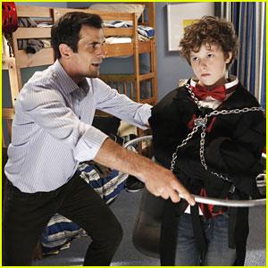 "<i>Modern Family</i> Review: ""The Butler's Escape"" (Episode 4.04)"