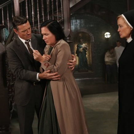 "<i>American Horror Story</i> Review: ""I Am Anne Frank, Part 2"" (Episode 2.05)"