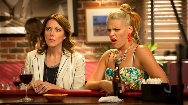 "<i>Cougar Town</i> Review: ""Blue Sunday"" (Episode 4.01)"