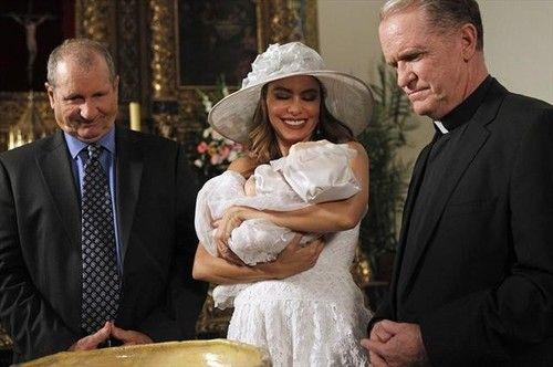 """<i>Modern Family</i> Review: """"Fulgencio"""" (Episode 4.13)"""