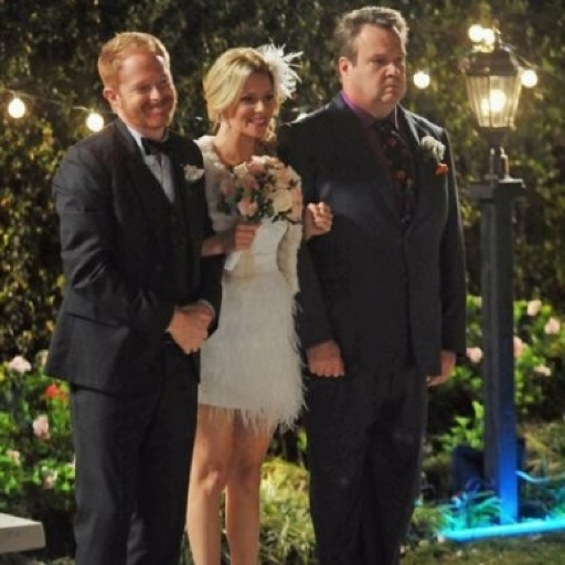 "<i>Modern Family</i> Review: ""Best Men"" (Episode 4.17)"