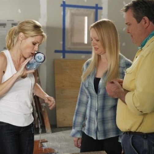 """<i>Modern Family</i> Review: """"The Wow Factor"""" (Episode 4.18)"""