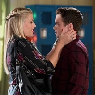 """<i>Cougar Town</i> Review: """"Don't Fade On Me""""/""""Have Love Will Travel"""" (Episode 4.14/15)"""