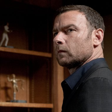 "<i>Ray Donovan</i> Review: ""The Golem"" (Episode 1.05)"