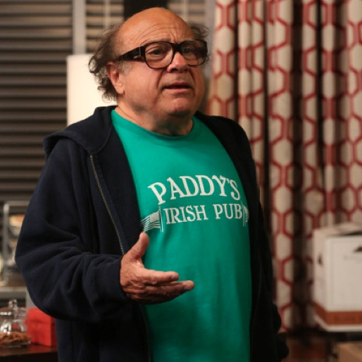 """<i>It's Always Sunny in Philadelphia</i> Review: """"The Gang Tries Desperately to Win an Award"""" (Episode 9.03)"""