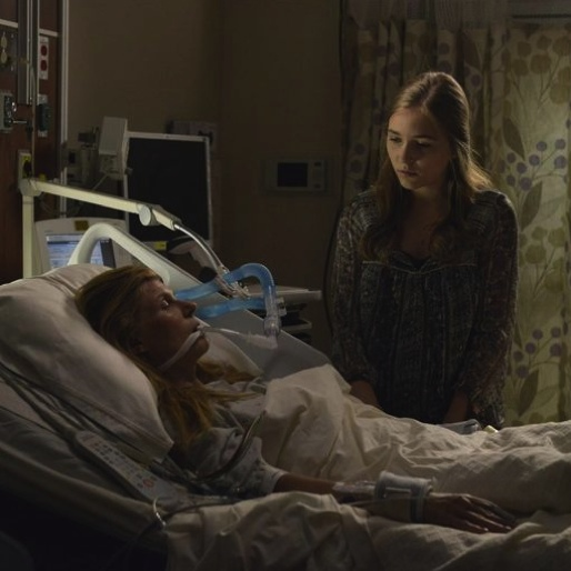 "<i>Nashville</i> Review: ""I Fall To Pieces"" (Episode 2.1)"