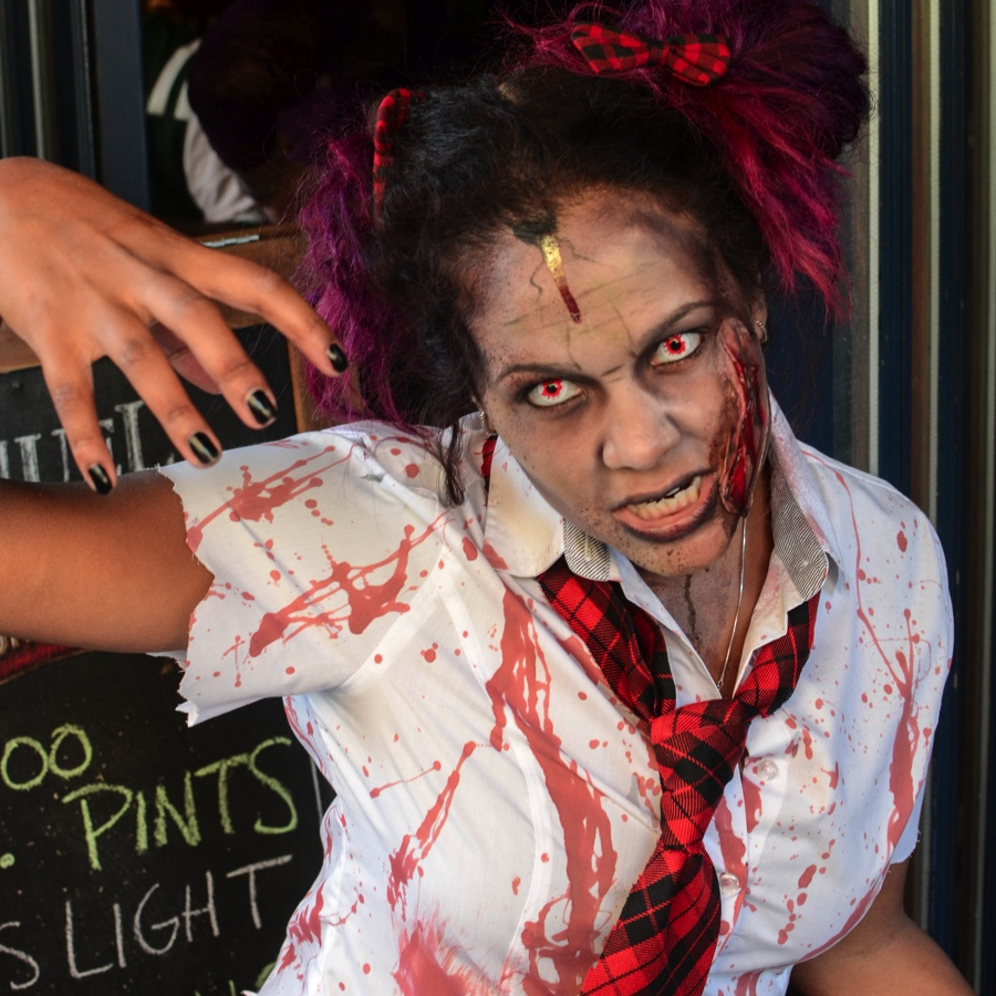 9 Great Photos from The New York Zombie Crawl