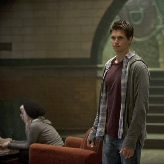"<i>The Tomorrow People</i> Review: ""Girl, Interrupted"" (Episode 1.03)"
