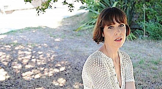 Eleni Mandell: Modern Family