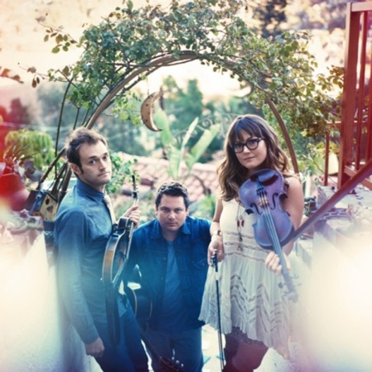 Nickel Creek: Celebrating the Now