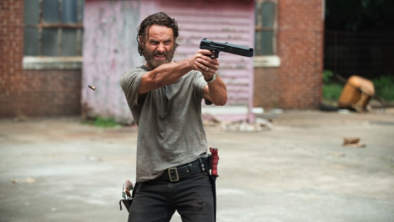 """<i>The Walking Dead</i> Review: """"Crossed"""""""