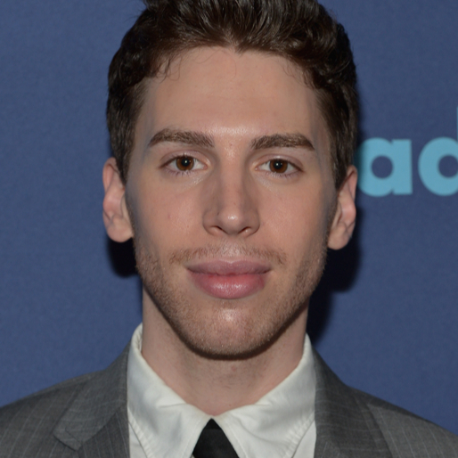 Jordan Gavaris Talks <i>Orphan Black</i> Season 4
