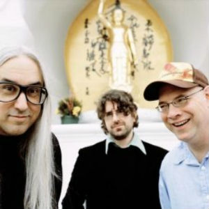 Johnny Marr, Black Francis Join Dinosaur Jr. for <i>You're Living All Over Me</i> 25th Anniversary Show
