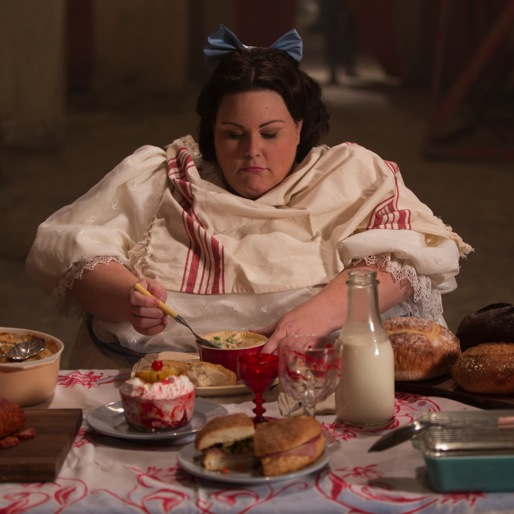 "<i>American Horror Story: Freak Show</i> Review: ""Blood Bath"""