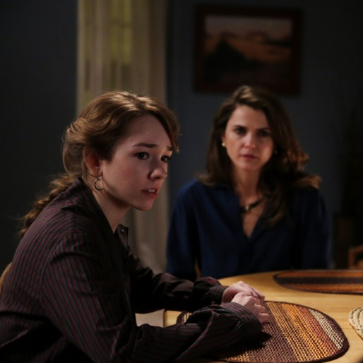 """<i>The Americans</i> Review: """"Stingers"""""""