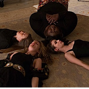 "<i>American Horror Story: Coven</i> Review: ""The Seven Wonders"" (Episode 3.13)"
