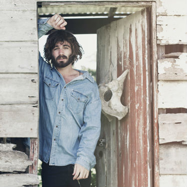 Angus Stone Announces North American Tour