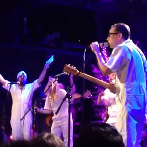 "Watch Fred Armisen, Matthew Caws, Telekinesis' Michael Lerner and Marnie Stern Cover TLC's ""Waterfalls"""