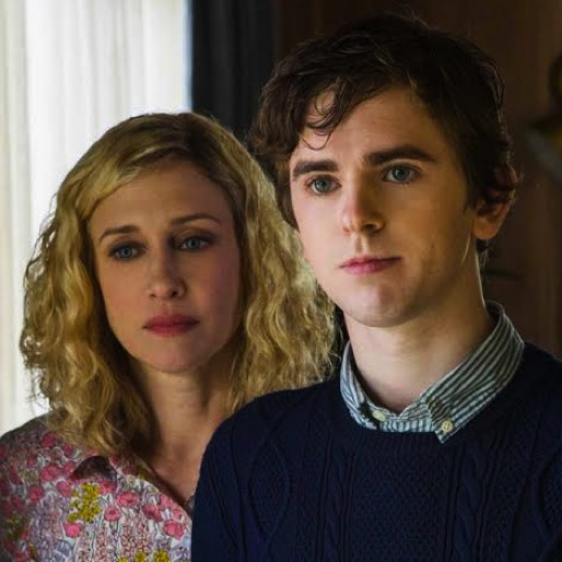 "<i>Bates Motel</i> Review: ""A Death in the Family"""