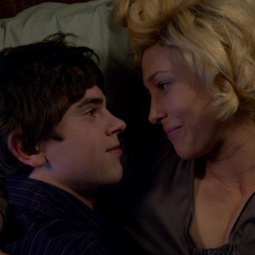 "<i>Bates Motel</i> Review: ""The Pit"""