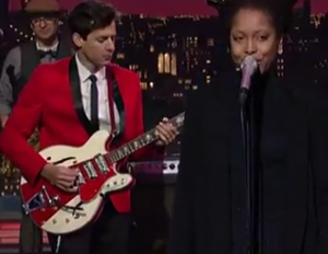 Watch Erykah Badu and Mark Ronson on <i>Letterman</i>